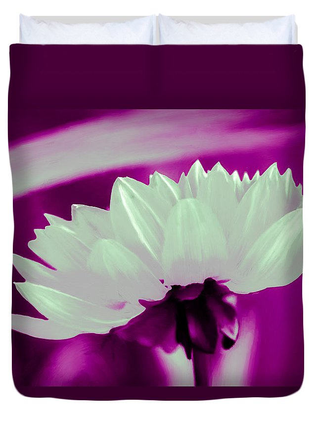 Chrysanthemum Duvet Cover featuring the painting White Chrysanthemum by Bruce Nutting