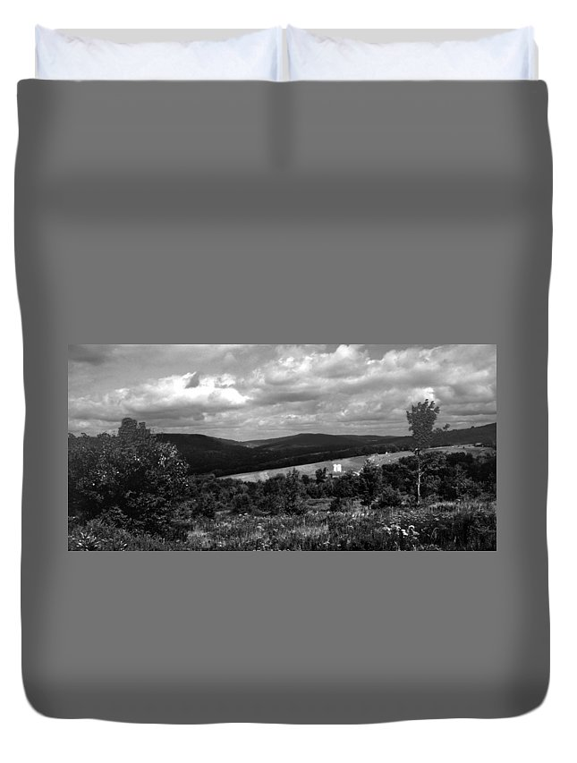 Landscape Duvet Cover featuring the photograph 102308-3 by Mike Davis