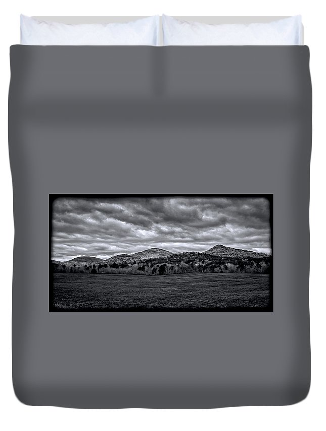 Mountains Duvet Cover featuring the photograph 102314-205-bw by Mike Davis