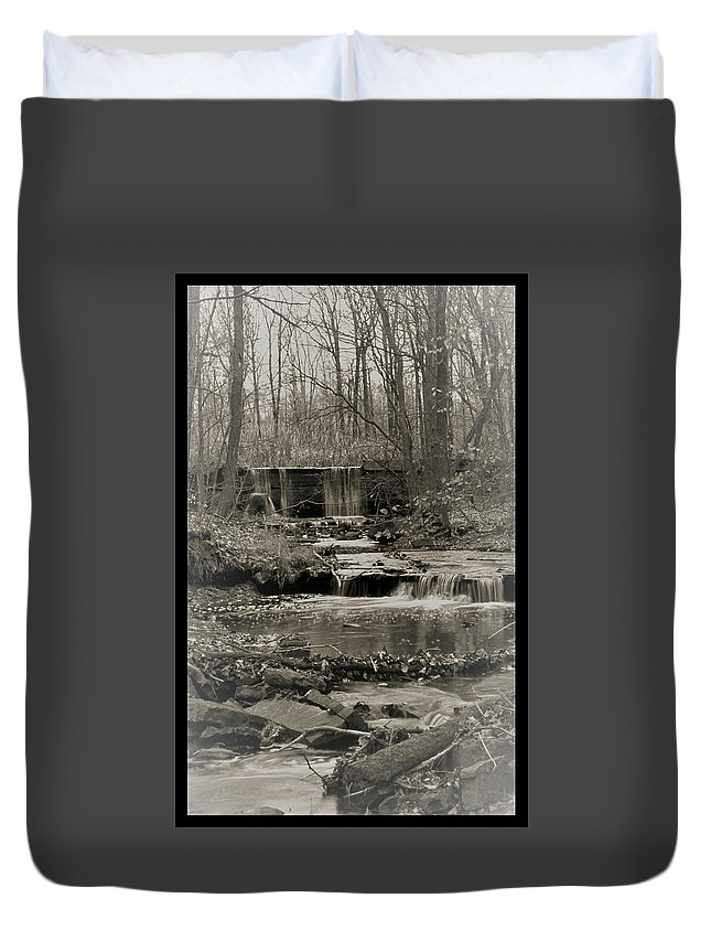 Water Duvet Cover featuring the photograph 112601-41 by Mike Davis