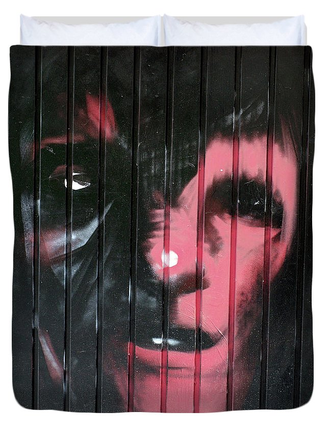 Graffiti Duvet Cover featuring the photograph 12 by Roger Muntes