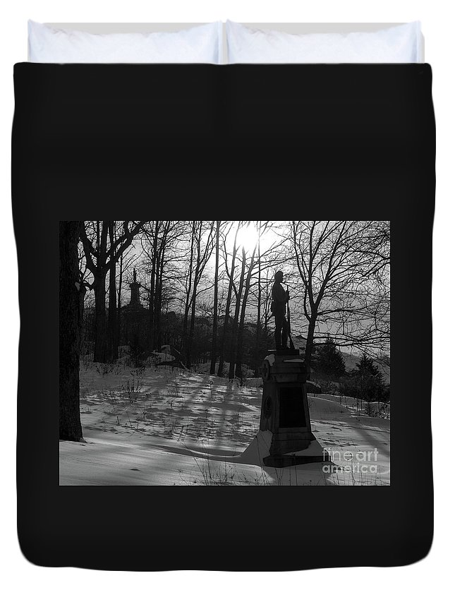 121st Ny Duvet Cover featuring the photograph 121st Ny On Lrt by Kat Zalewski-Bednarek