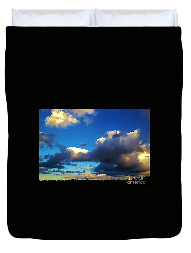 Iphone 4s Duvet Cover featuring the photograph 12252012017 by Debbie L Foreman