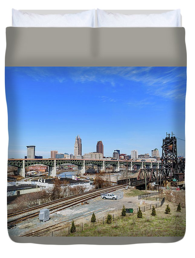 Belt Duvet Cover featuring the photograph Cleveland Skyline by Cityscape Photography