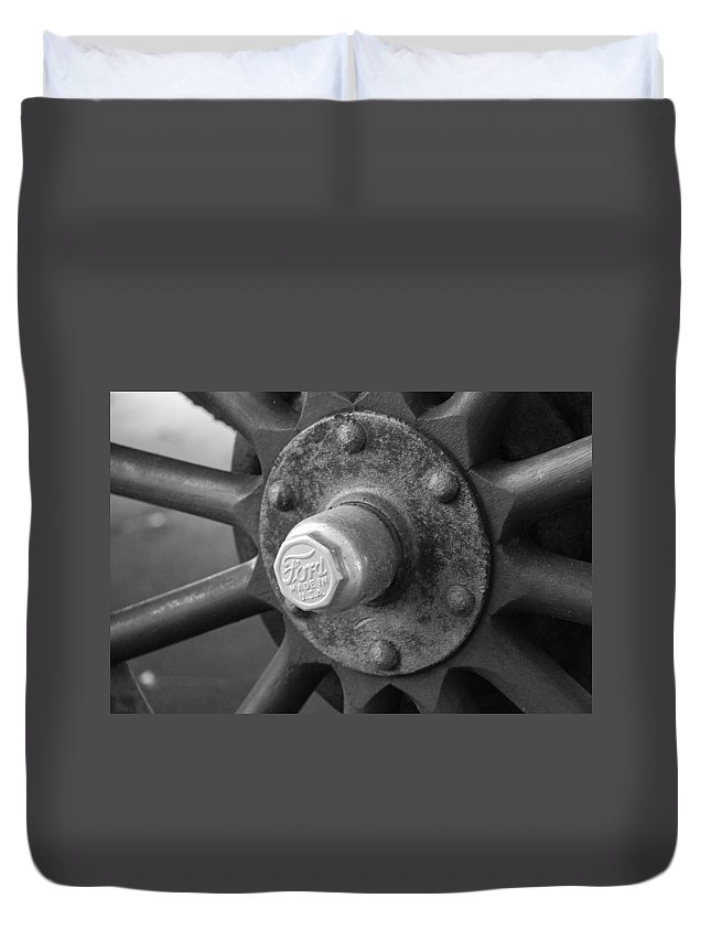 Black And White Duvet Cover featuring the photograph 1926 Model T Ford by Rob Hans