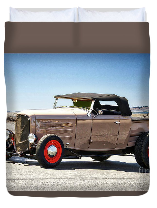 Auto Duvet Cover featuring the photograph 1932 Ford 'original Rod' Roadster Pickup by Dave Koontz