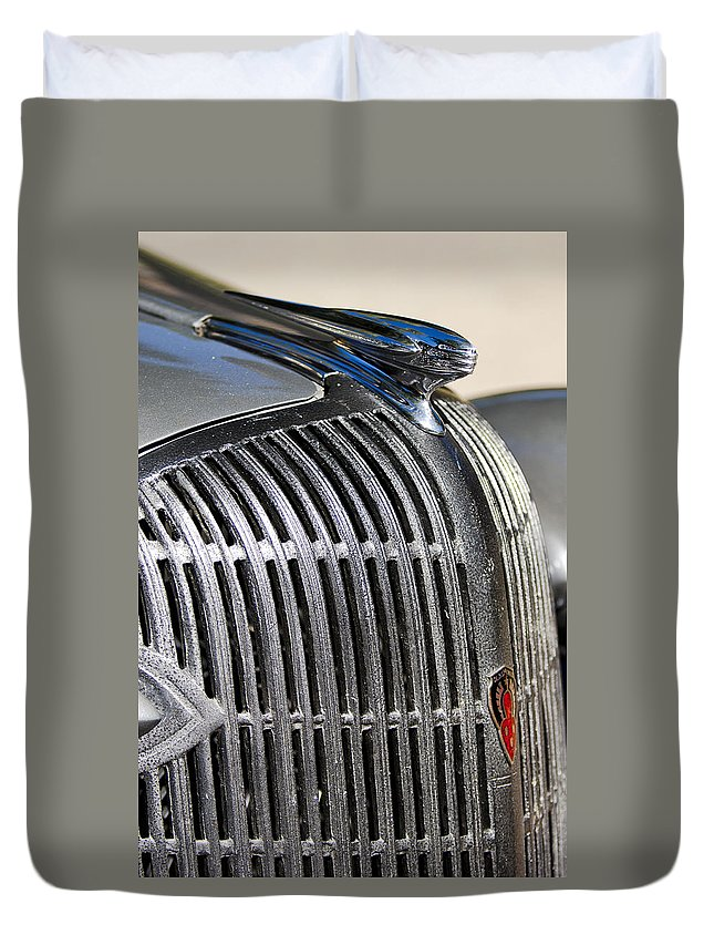 1936 Oldsmobile Duvet Cover featuring the photograph 1936 Oldsmobile Hood Ornament by Jill Reger