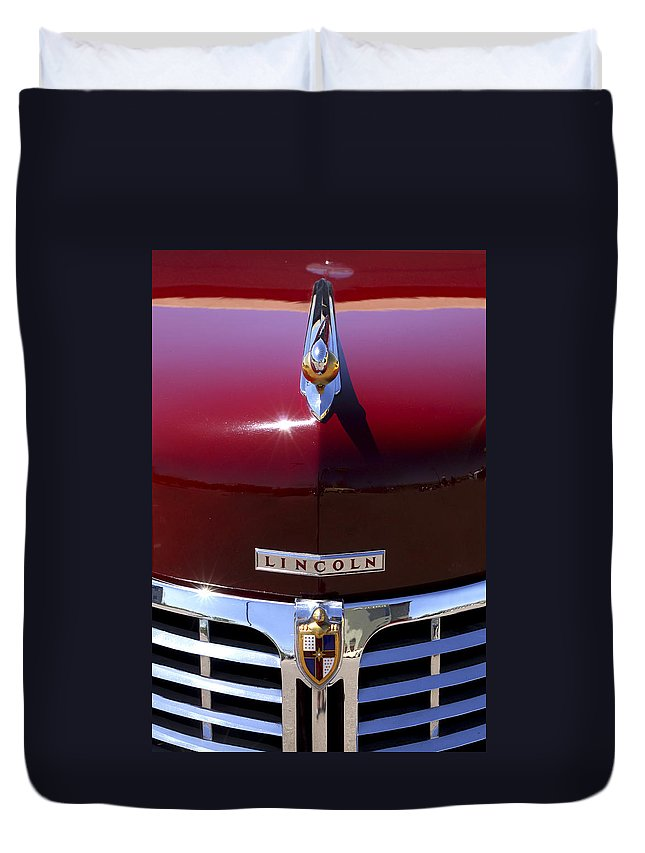 1948 Lincoln Continental Duvet Cover featuring the photograph 1948 Lincoln Continental Hood Ornament 3 by Jill Reger
