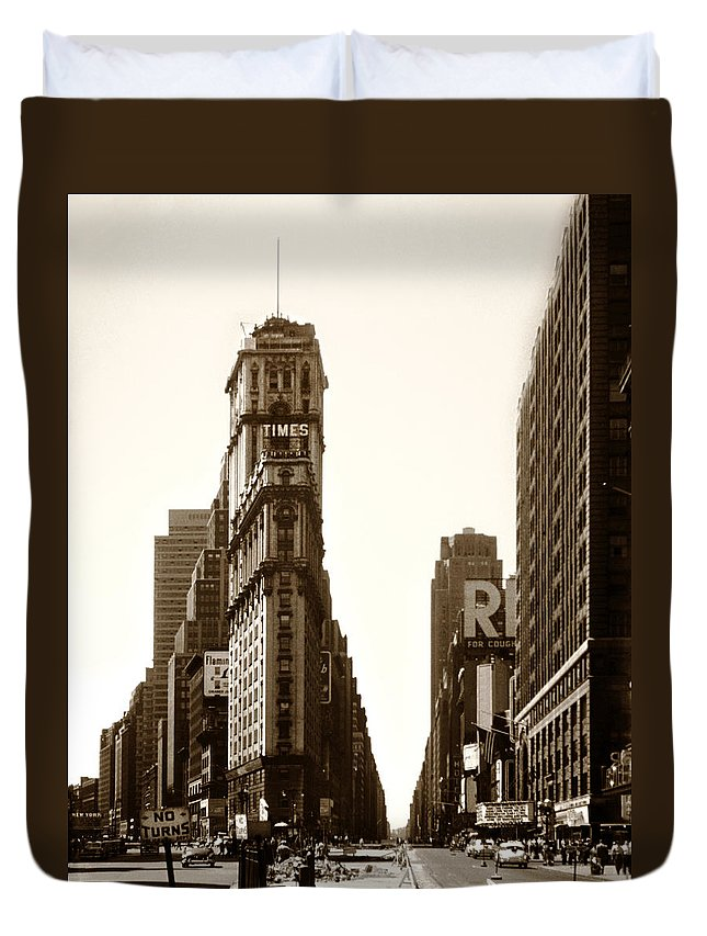 Times Square Duvet Cover featuring the photograph 1950 Times Square New York by Marilyn Hunt