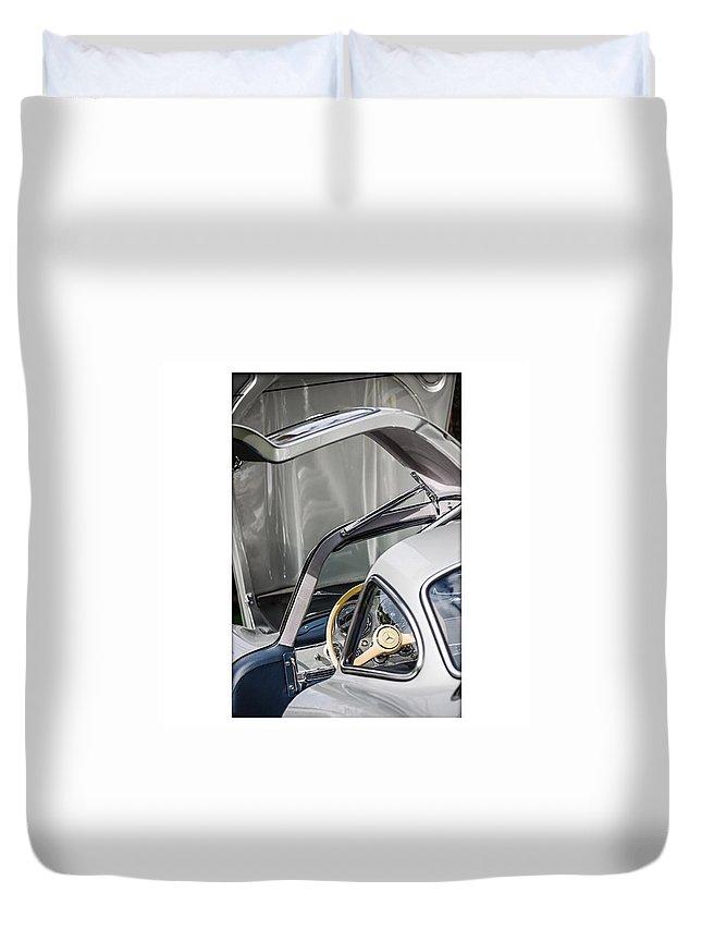 Mercedes Duvet Cover featuring the photograph 1954 Mercedes-benz 300sl Gullwing by Jill Reger