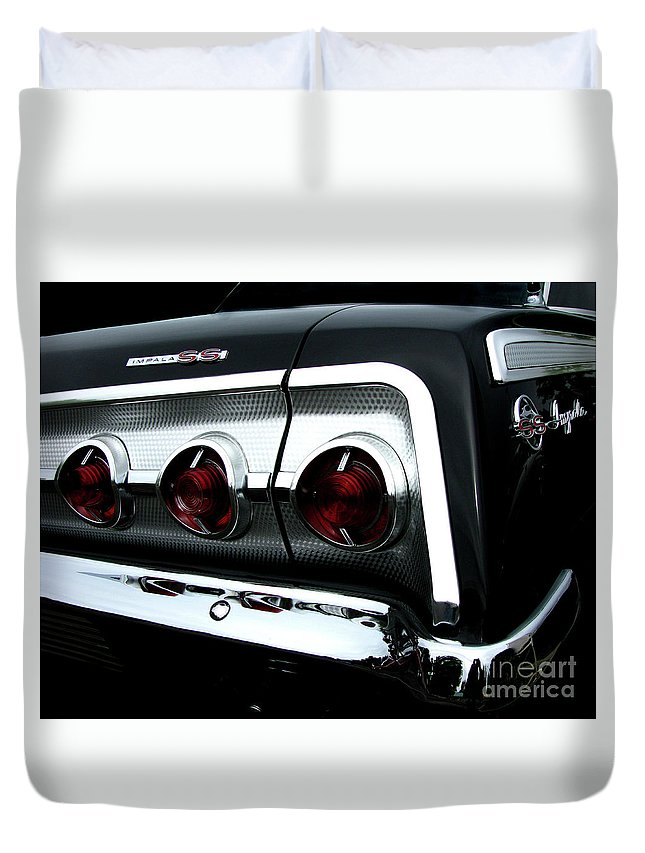 1962 Chevrolet Impala Duvet Cover featuring the photograph 1962 Chevrolet Impala Tail by Peter Piatt