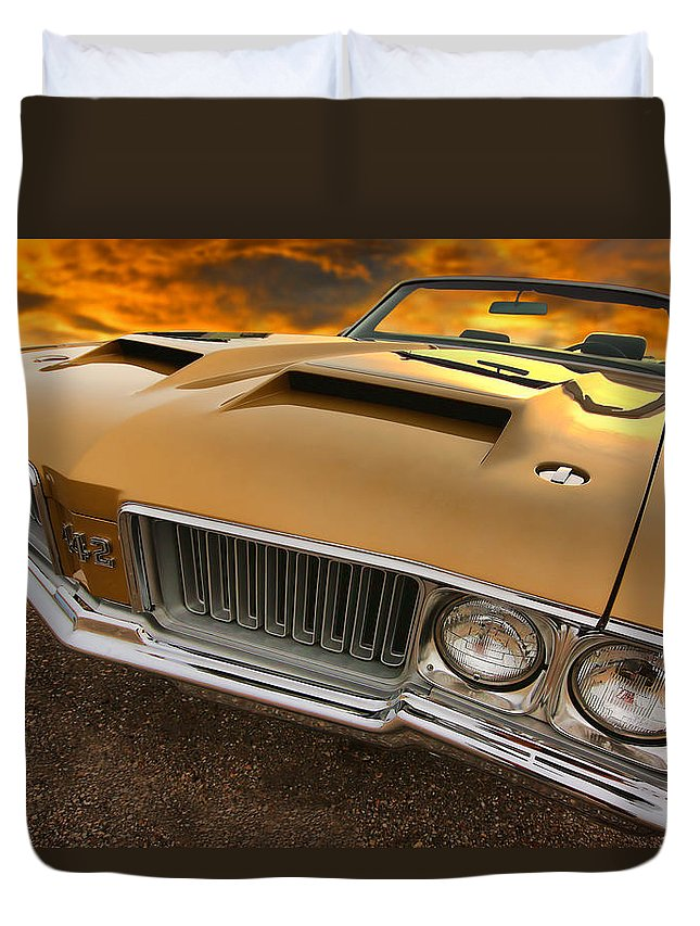Oldsmobile Duvet Cover featuring the photograph 1970 Oldsmobile 442 W-30 by Gordon Dean II