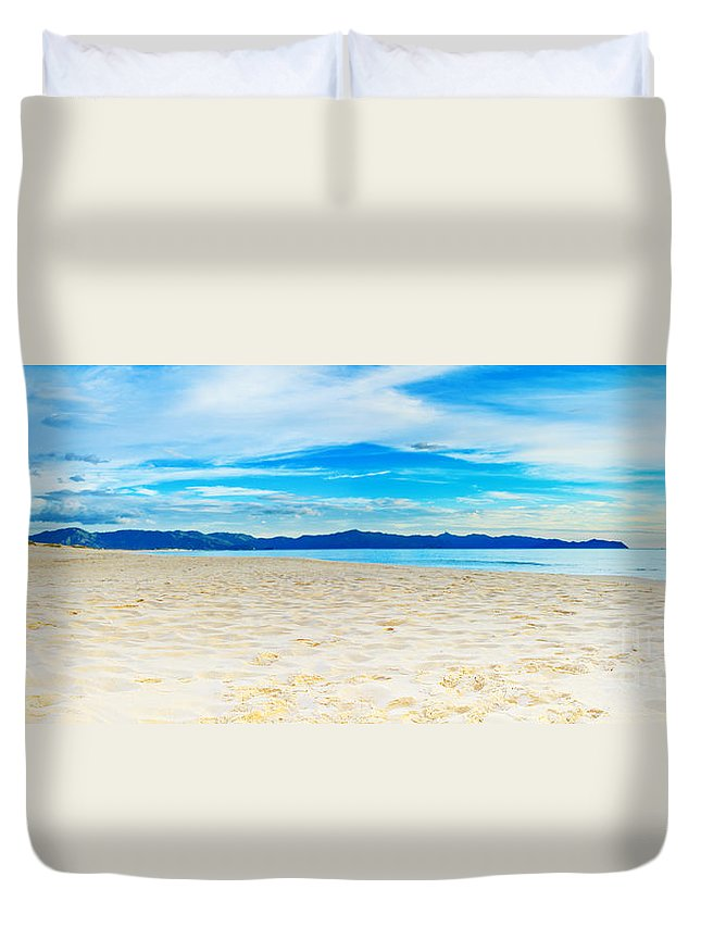 Sea Duvet Cover featuring the photograph Beach Panorama by MotHaiBaPhoto Prints