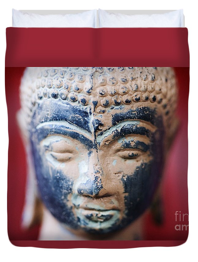 Adorn Duvet Cover featuring the photograph Buddha Sculpture by Ray Laskowitz - Printscapes