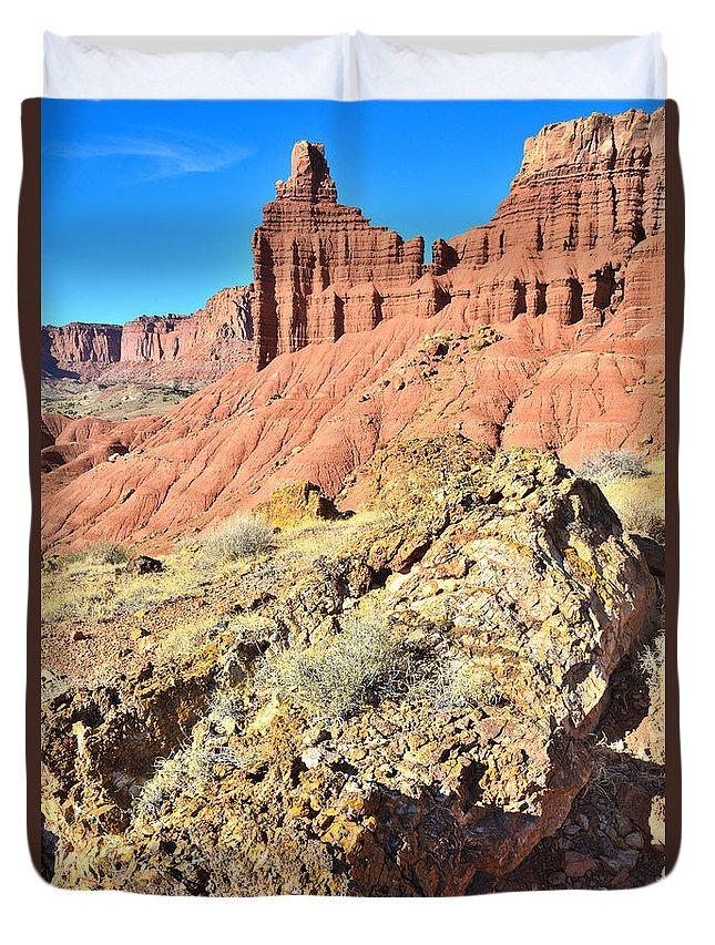 Capitol Reef National Park Duvet Cover featuring the photograph Chimney Rock by Ray Mathis