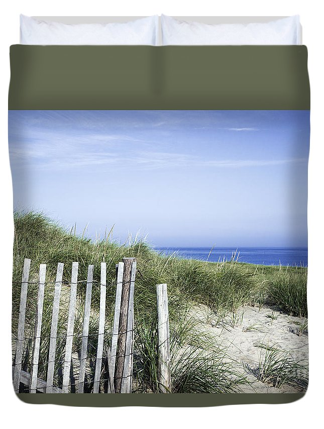 Beach Duvet Cover featuring the photograph Dune Fence by John Greim