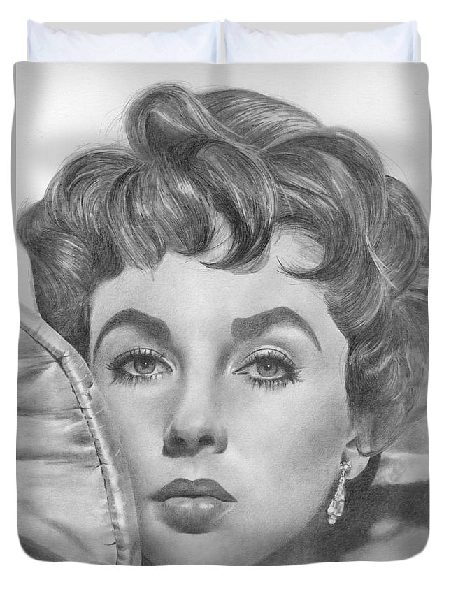 Elizabeth Taylor Duvet Cover featuring the drawing Elizabeth Taylor by Karen Townsend