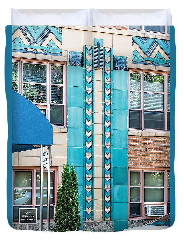 1930 Duvet Cover featuring the photograph Gramercy House by Kenneth Grant