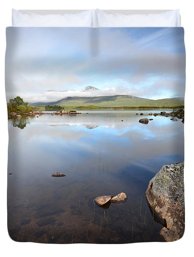 Loch Nah Achlaise Duvet Cover featuring the photograph Loch Nah Achlaise by Smart Aviation