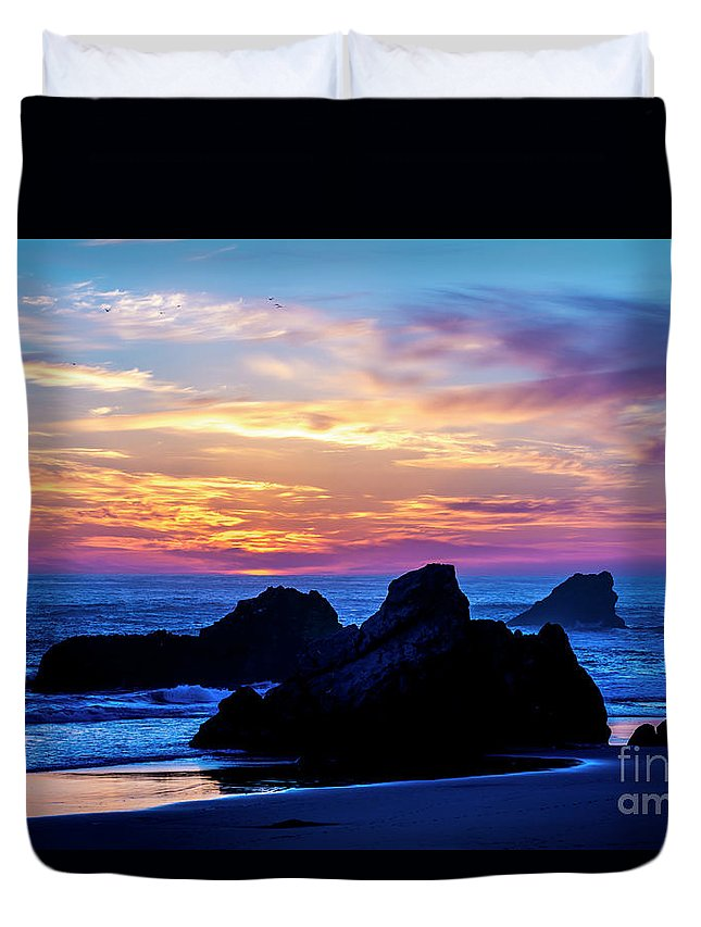 Oregon Duvet Cover featuring the photograph Magical Sunset - Harris Beach - Oregon by Gary Whitton