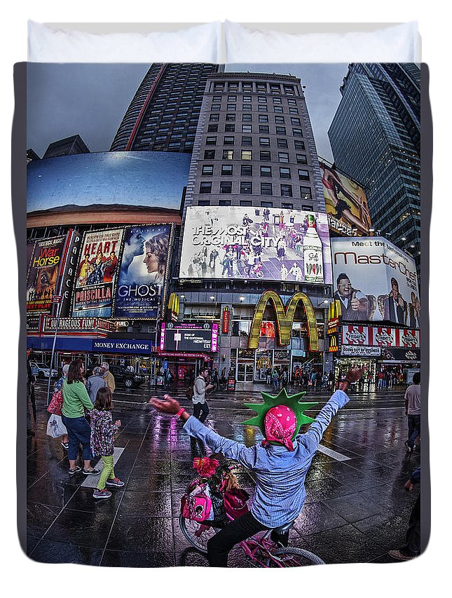 Amerikanisch Duvet Cover featuring the photograph New York Soho by Juergen Held
