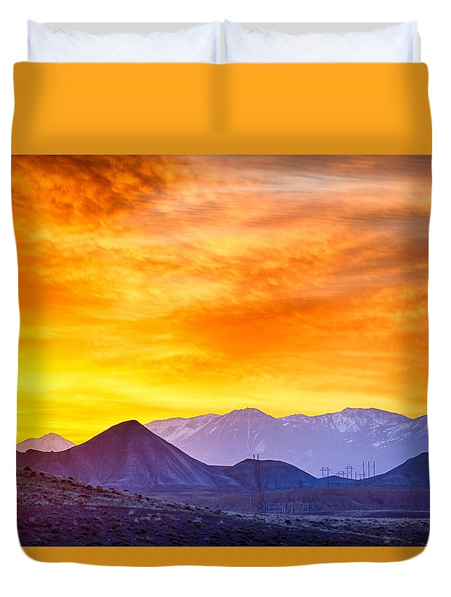 Colorado Duvet Cover featuring the photograph Sunrise Over Colorado Rocky Mountains by Alex Grichenko