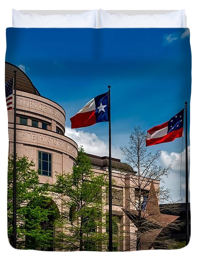 Bullock Texas State History Museum Duvet Cover featuring the photograph The Bullock Texas State History Museum by Mountain Dreams