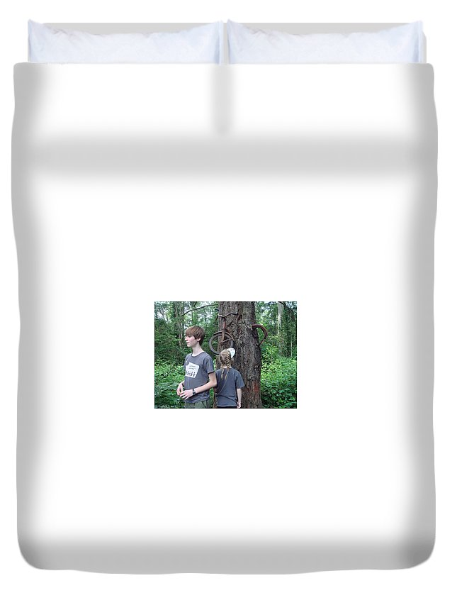 Tree Duvet Cover featuring the digital art Tree by Dorothy Binder