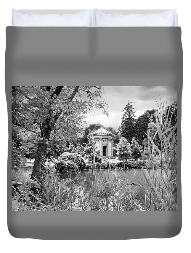 Woodlawn Cemetery Duvet Cover featuring the photograph Woodlawn by Jessica Jenney