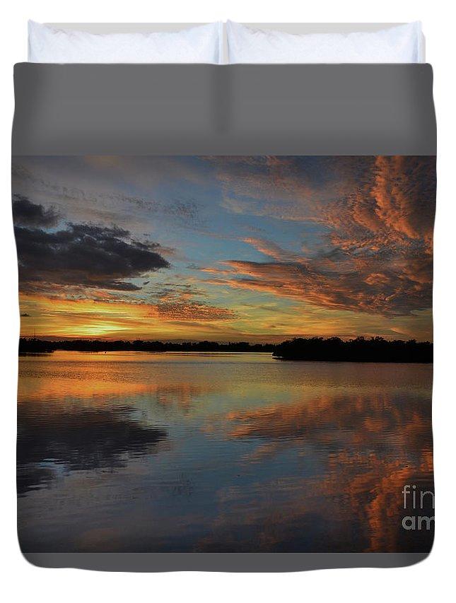 Burnt Bridge Duvet Cover featuring the photograph 20- Sunset At Burnt Bridge by Joseph Keane