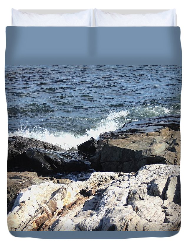 Seacoast Duvet Cover featuring the pyrography 2010 Nh Seacoast 1 by Robert Morin