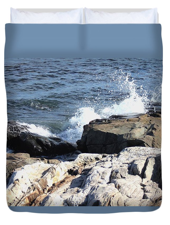 Seacoast Duvet Cover featuring the pyrography 2010 Nh Seacoast 3 by Robert Morin