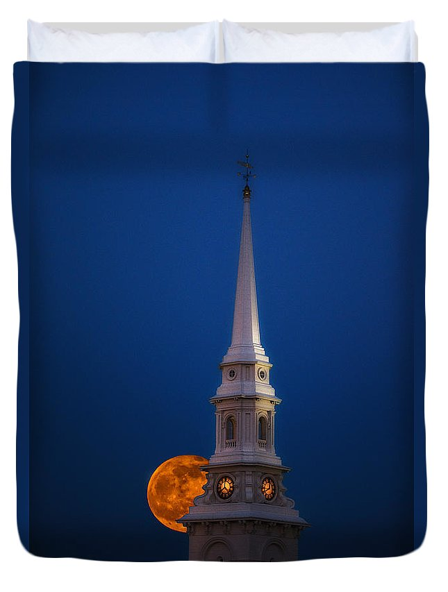 Portsmouth Nh Duvet Cover featuring the photograph 2015 Flower Moon by Scott Thorp