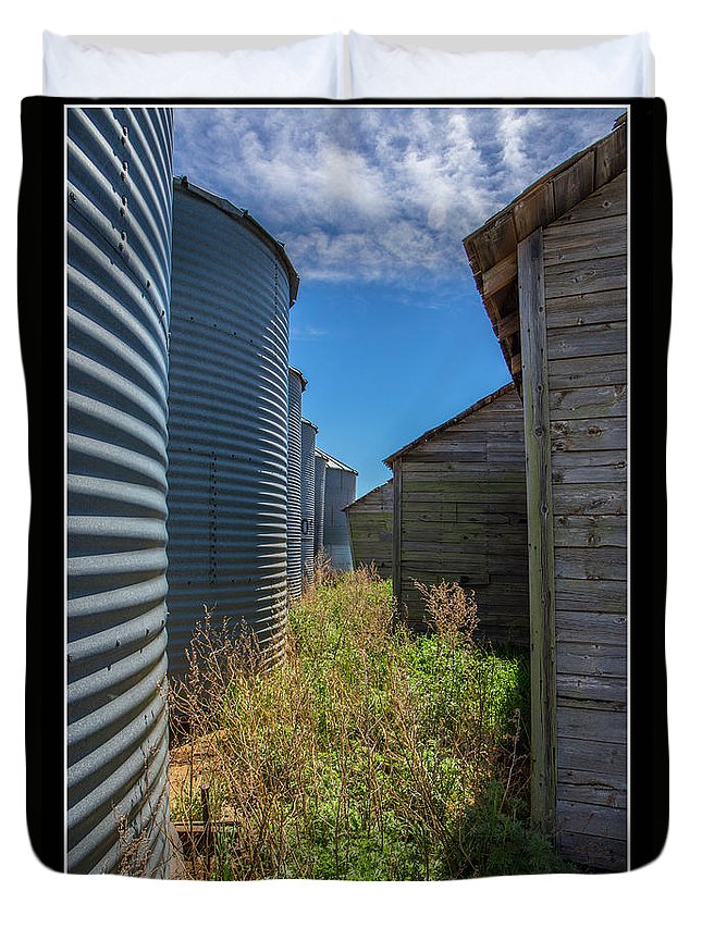 Alley Duvet Cover featuring the photograph Back Alley On The Prairies by J and j Imagery