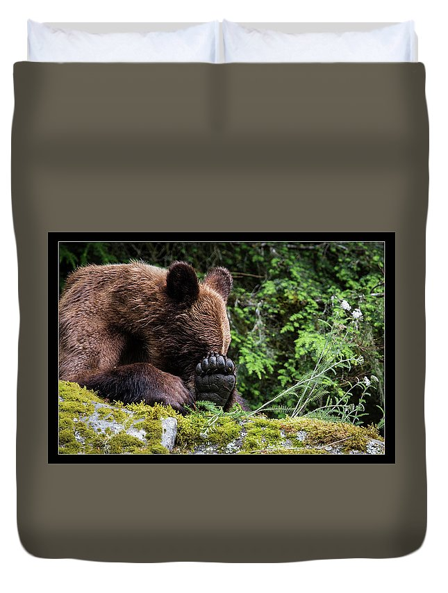 Duvet Cover featuring the photograph 25 by J and j Imagery