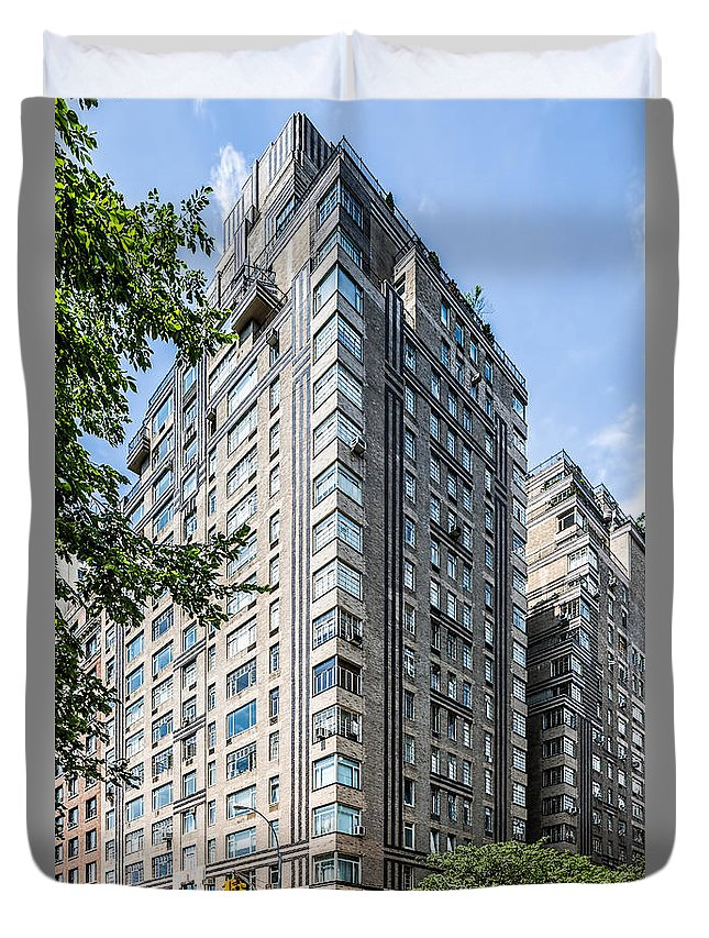 New York City Duvet Cover featuring the photograph 320 Cpw by Kenneth Grant