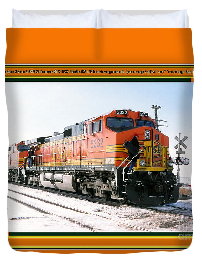 Bnsf Duvet Cover featuring the photograph Burlington Northern Santa Fe Bnsf - Railimages@aol.com by Ronald Estes