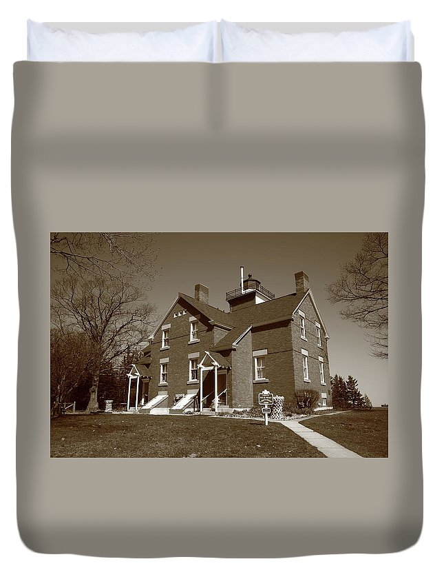 40 Duvet Cover featuring the photograph Lighthouse - 40 Mile Point Michigan by Frank Romeo
