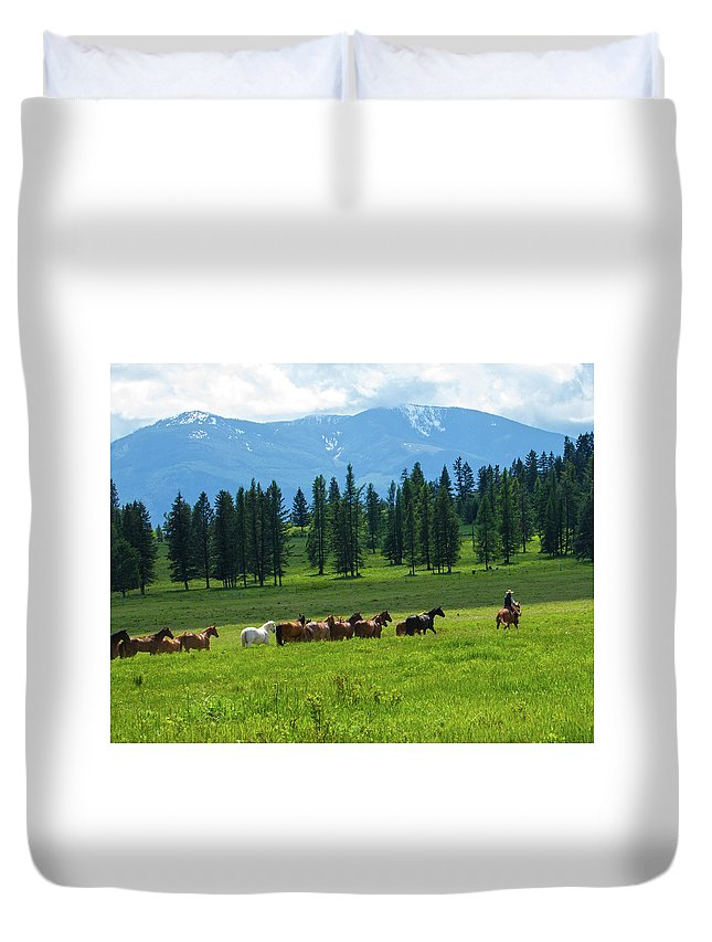 Outside Duvet Cover featuring the photograph On The Range by Eleszabeth McNeel