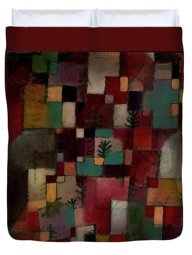 Paul Klee Redgreen And Violet-yellow Rhythms Duvet Cover featuring the painting Redgreen And Violet-yellow Rhythms by Paul Klee