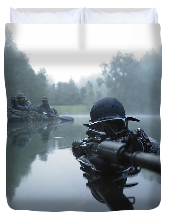 Special Operations Forces Duvet Cover featuring the photograph Special Operations Forces Combat Diver by Tom Weber