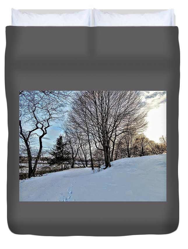 Sunset Duvet Cover featuring the photograph Sunset Over Obear Park In Snow by Scott Hufford