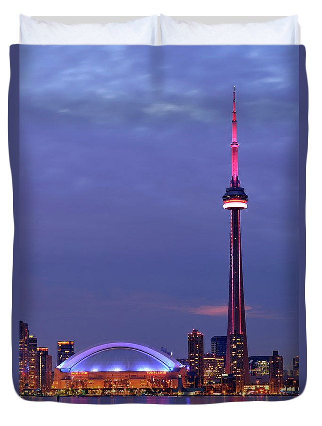 Toronto Duvet Cover featuring the photograph The City Of Toronto by Oleksiy Maksymenko