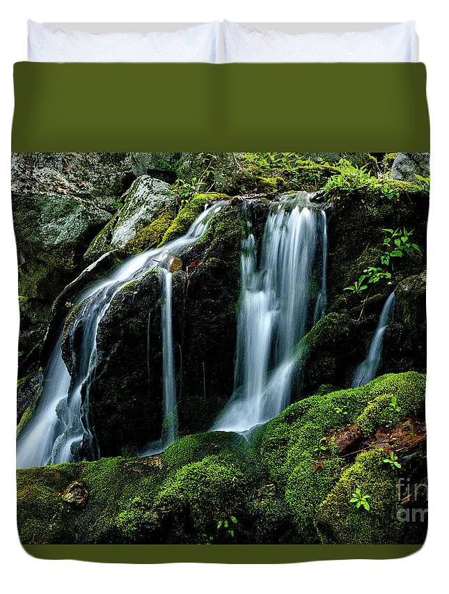 Wigwam Falls Duvet Cover featuring the photograph Wigwam Falls by Thomas R Fletcher