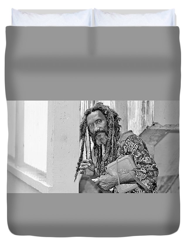 Portrait Duvet Cover featuring the photograph Roatan People by Gianni Bussu