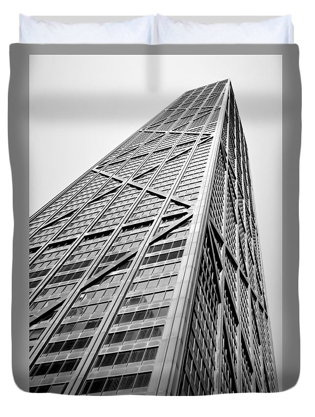 Geometric Duvet Cover featuring the photograph 360 Chicago by Michelle Calkins