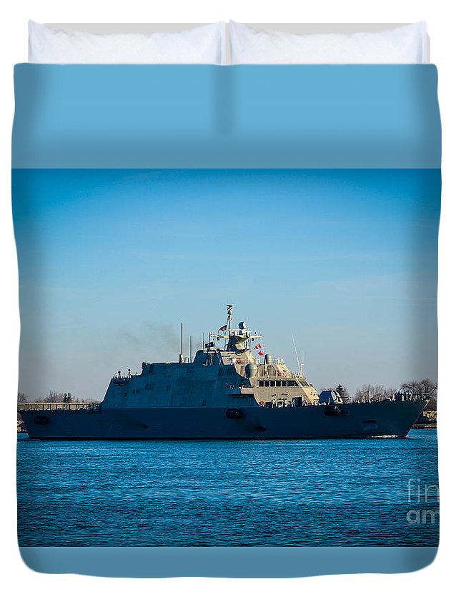 Great Lake Ships Duvet Cover featuring the photograph Ship by Chandler Cass