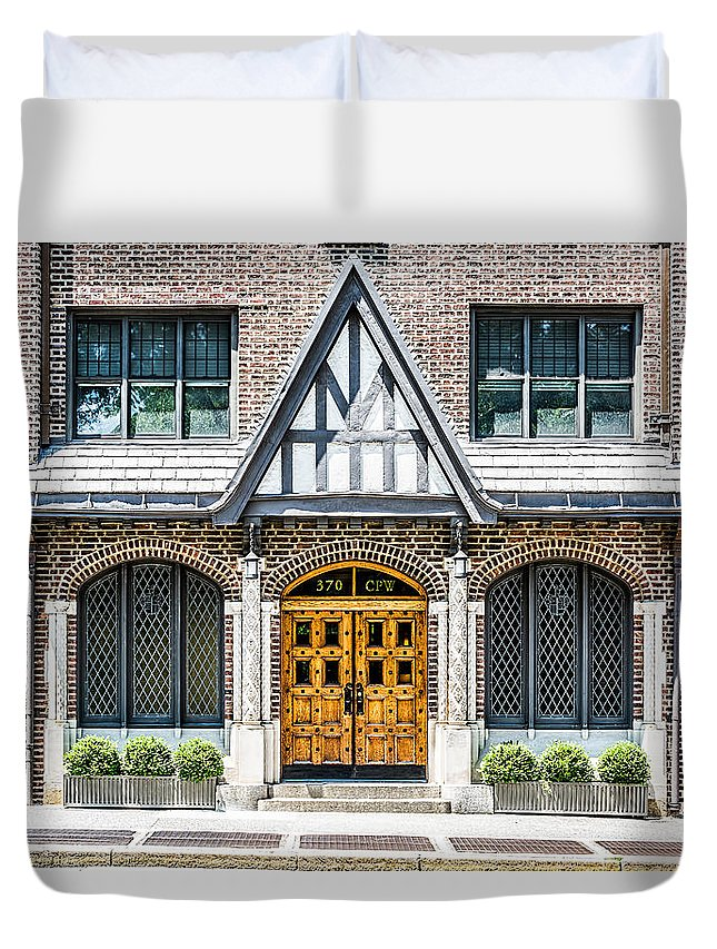 New York City Duvet Cover featuring the photograph 370 Cpw by Kenneth Grant