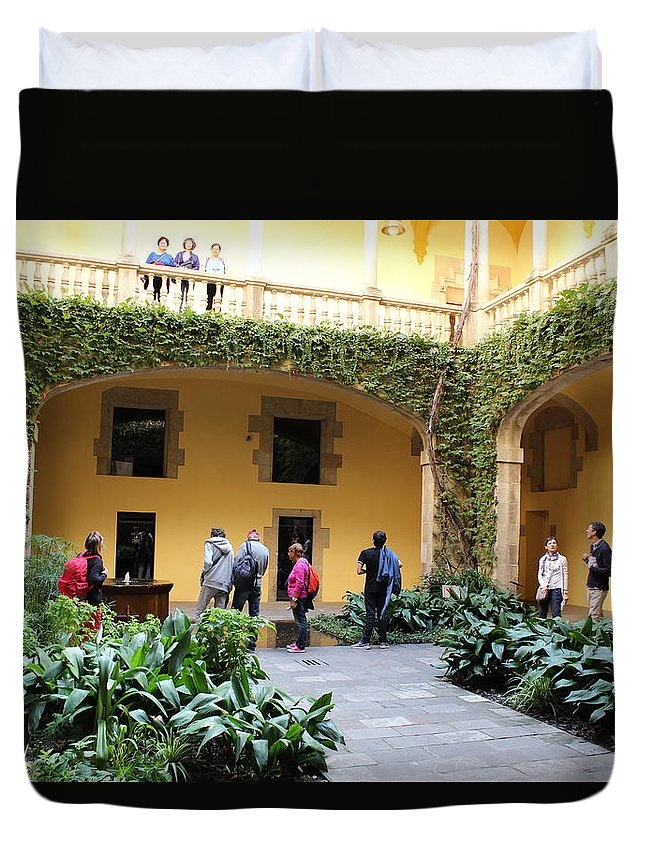 Duvet Cover featuring the photograph Barcelone by Pascalle Raymond