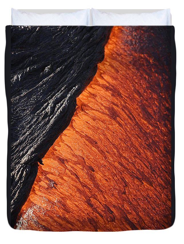Active Duvet Cover featuring the photograph Molten Pahoehoe Lava by Ron Dahlquist - Printscapes